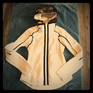 Lululemon Run Bundle Up Jacket (6)